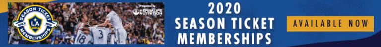 LA Galaxy sign midfielder Sacha Kljestan -