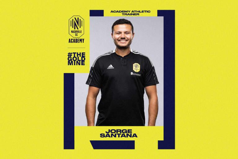Academy_Coach_1280x853_JorgeSantana