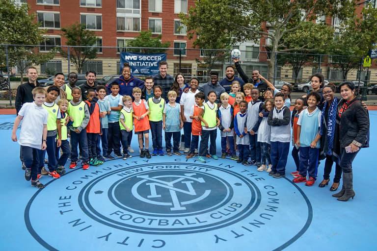 2018 NYC Soccer Initiative | Soccer Day - https://newyorkcity-mp7static.mlsdigital.net/elfinderimages/Pictures/NYCSI/10152018-SoccerDay-Manhattan-PS180-055.jpg