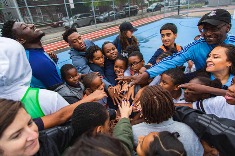 2018 NYC Soccer Initiative | Soccer Day - https://newyorkcity-mp7static.mlsdigital.net/elfinderimages/Pictures/NYCSI/10152018-SoccerDay-Brooklyn-PS446-41.jpg