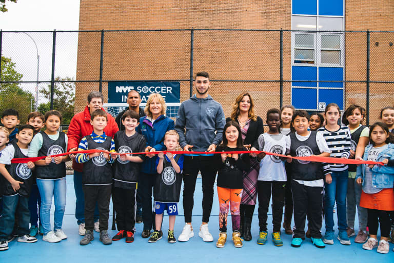 2018 NYC Soccer Initiative | Soccer Day - https://newyorkcity-mp7static.mlsdigital.net/elfinderimages/Pictures/NYCSI/10152018-SoccerDay-Queens-Playground62-001.jpg
