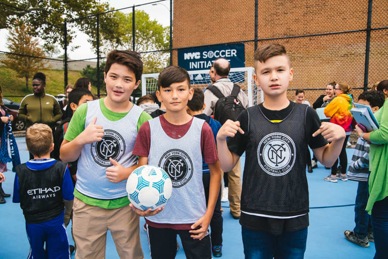 2018 NYC Soccer Initiative | Soccer Day - https://newyorkcity-mp7static.mlsdigital.net/elfinderimages/Pictures/NYCSI/10152018-SoccerDay-Queens-Playground62-004.jpg