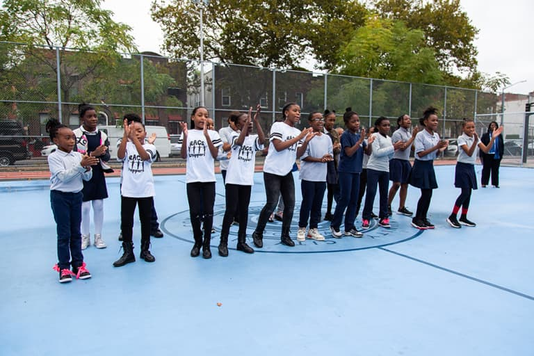 2018 NYC Soccer Initiative | Soccer Day - https://newyorkcity-mp7static.mlsdigital.net/elfinderimages/Pictures/NYCSI/10152018-SoccerDay-Brooklyn-PS446-4.jpg