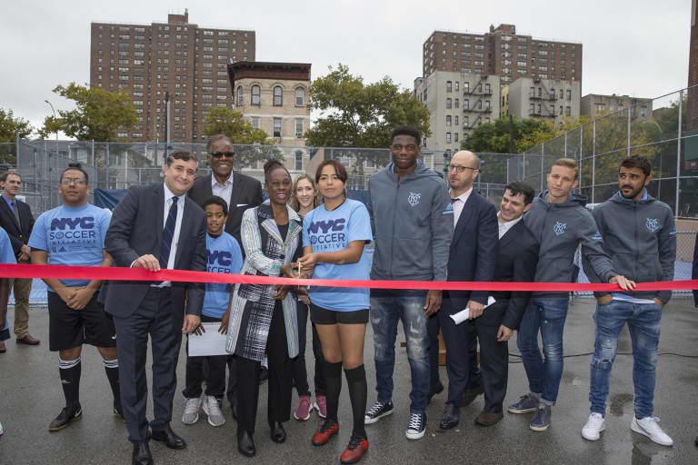 2018 NYC Soccer Initiative | Soccer Day - https://newyorkcity-mp7static.mlsdigital.net/elfinderimages/Pictures/NYCSI/10152018-SoccerDay-Bronx-Hostos-097.jpg