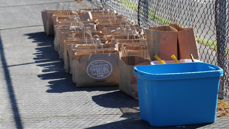 Stand Together, Jersey Mike's Subs help deliver 1,000 meals to Portland families in need -