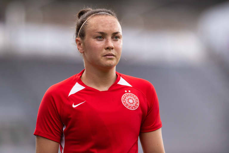 Thorns in France: Les Portraits   Caitlin Foord: The Next Level -