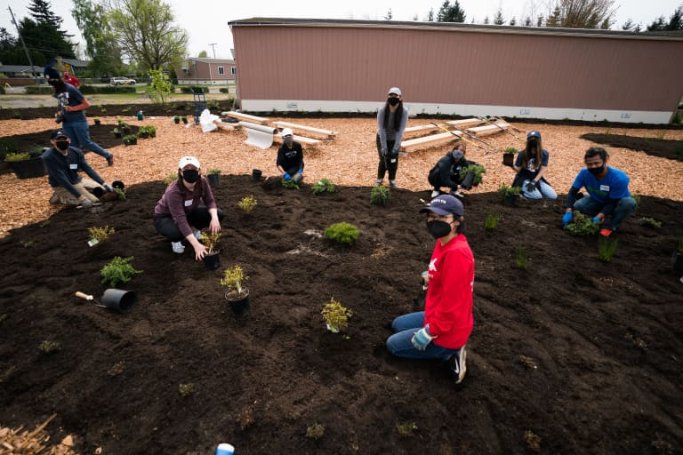 Sounders FC teams up with RAVE Foundation, EarthGen and Delta Air Lines to address environmental justice in local communities -