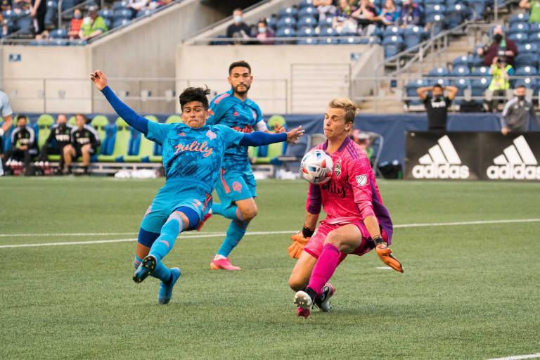 Seattle Sounders goalkeeper Stefan Cleveland channels mentor Stefan Frei, comes up clutch against Austin FC -