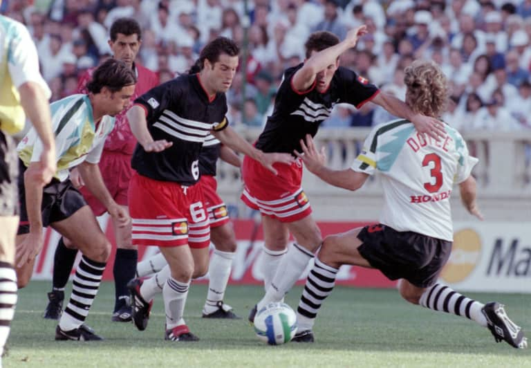 The teams were captained by US national team stars John Harkes (No. 6, D.C. United) and John Doyle (No. 3, San Jose). Harkes led D.C. to an MLS Cup and U.S. Open Cup double in 1996 while Doyle won Defender of the Year honors playing for his hometown club.