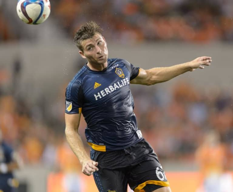 """""""Profile of a world-class center back"""": How LA Galaxy's Dave Romney went from undrafted to the US national team -"""