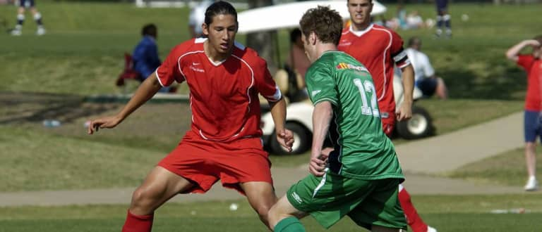 Omar Gonzalez makes happy homecoming for Champions League clash at Dallas - https://league-mp7static.mlsdigital.net/styles/image_landscape/s3/images/Omar-G-with-Texans,-2006-2.jpg