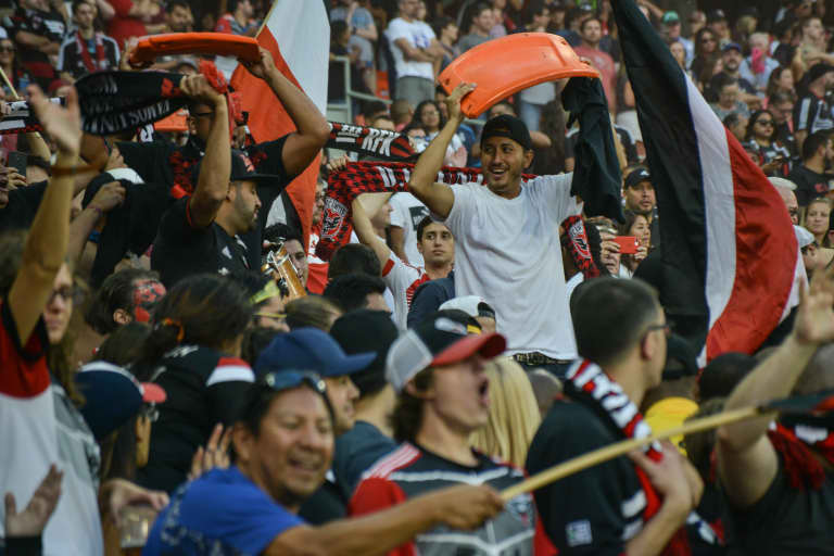 Fans with RFK seats