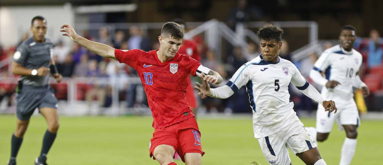 Three reasons to believe Bruce Arena is right about USMNT reaching World Cup 2022 - https://league-mp7static.mlsdigital.net/images/Pulisic%20on%20the%20ball%20vs.%20Cuba.jpg