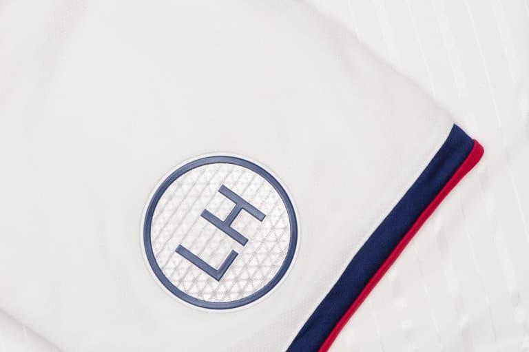 "FC Dallas launch ""Reunion Kit"" inspired by Dallas skyline - https://league-mp7static.mlsdigital.net/images/Reunion%20kit-2.jpg"