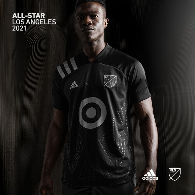 all-star - 2021 - jersey on model