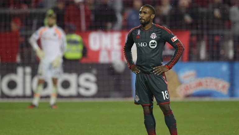 The 10 most significant outbound transfers in Major League Soccer history - https://league-mp7static.mlsdigital.net/mp6/image_nodes/2014/10/defoe.jpg