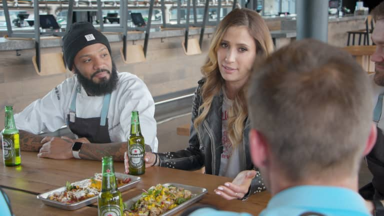 Minnesota United players go full Top Chef   By The Way pres. by Heineken - https://league-mp7static.mlsdigital.net/images/JustinAndSusannahDuringDrinks.jpg