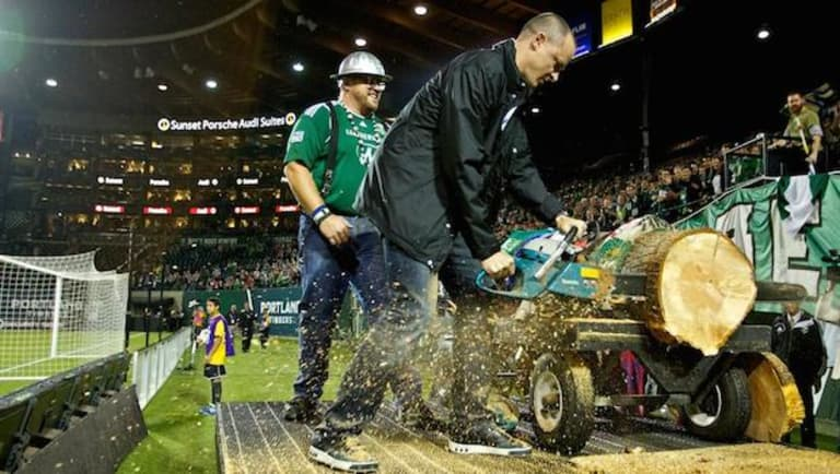 Boehm: How Providence Park became sacred ground for Portland and their fans - https://league-mp7static.mlsdigital.net/mp6/image_nodes/2014/09/Paulson.jpg