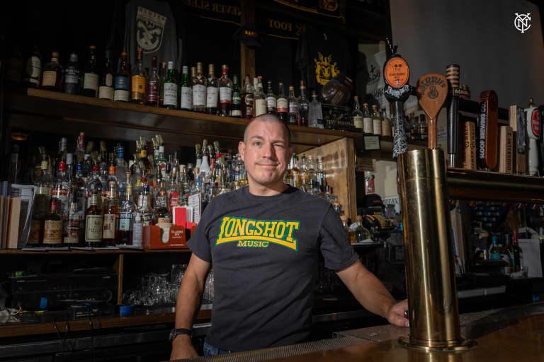 Chris Keller, Banter Bar
