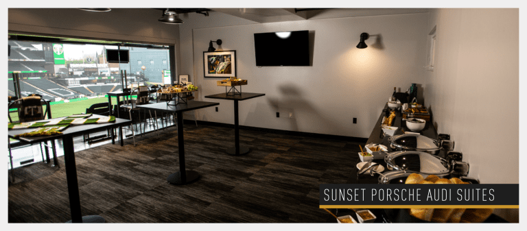 Sunset Porsche Audi Suites -