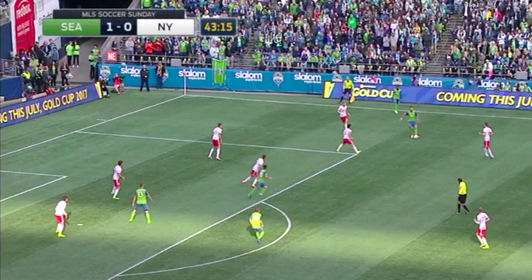 Tactical breakdown: How the Seattle Sounders can exploit the San Jose Earthquakes -