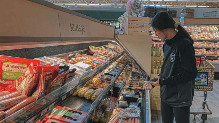 FEATURE: Earthquakes Academy player Kayleen Gowers leads the way in her community with grocery runs -
