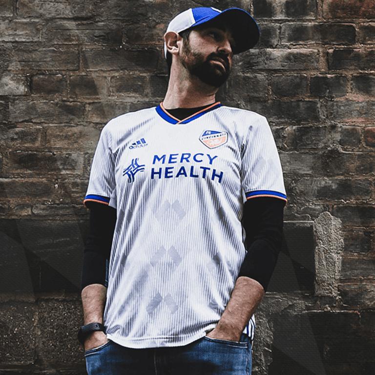 FC Cincinnati unveil new 2020 jersey: Heritage Link Kit showcases city motto, German heritage - https://league-mp7static.mlsdigital.net/images/FCCjersey_model.png