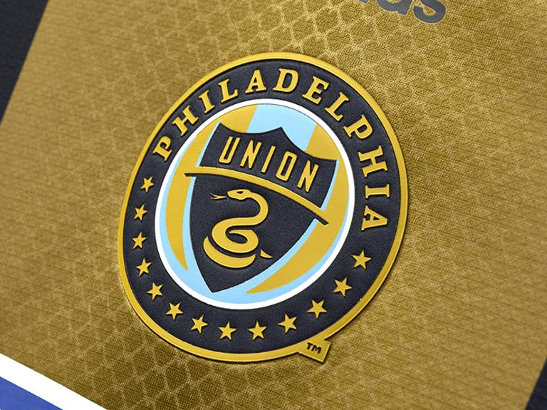 Philadelphia Union releases new primary jersey for 2016 - Philadelphia Union's crest