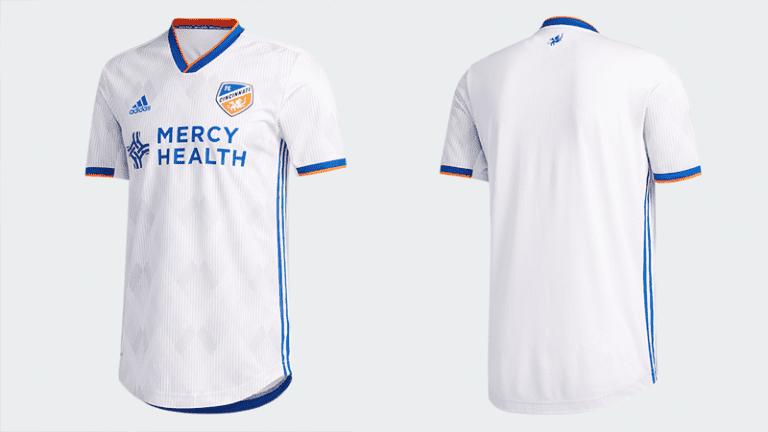 FC Cincinnati unveil new 2020 jersey: Heritage Link Kit showcases city motto, German heritage - https://league-mp7static.mlsdigital.net/images/FCCjersey_full.png