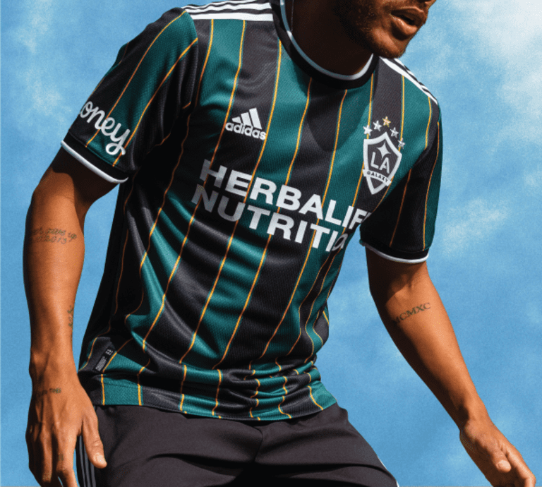 LA Galaxy launch 2021 secondary jersey, paying tribute to club's storied past with Community Kit - https://league-mp7static.mlsdigital.net/images/la1.png