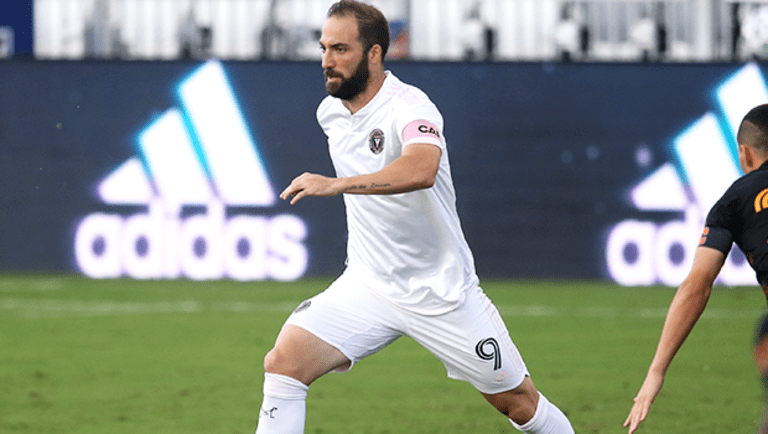 Fantasy: Positional rankings for Week 11 games this week and weekend - https://league-mp7static.mlsdigital.net/styles/image_default/s3/images/higuain_action.png?xPzfzqDaBAAN4U3xEgx7hV57VtcvkRL6&itok=ChHlRjNH&c=c8b4abbbde1b5913cf2fc939608f838b