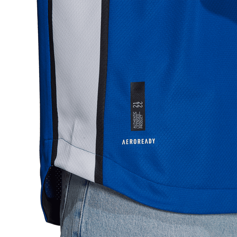 San Jose Earthquakes unveil 2021 First Star kit inspired by 2001 MLS Cup championship team - https://league-mp7static.mlsdigital.net/images/sj3.png
