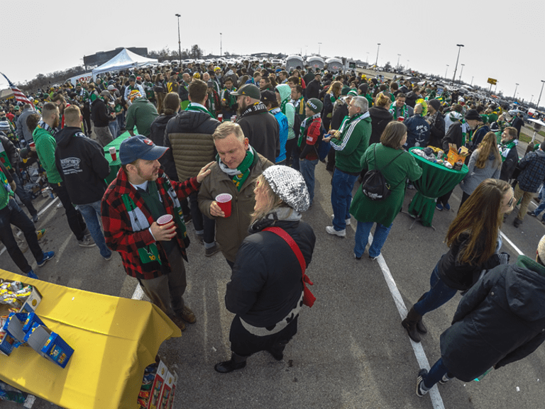 Beards, beer and the betrothed: 24 hours behind the scenes at MLS Cup | THE WORD - https://league-mp7static.mlsdigital.net/images/MLSCUPCBPM-1-4.png