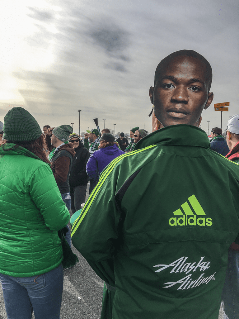 Beards, beer and the betrothed: 24 hours behind the scenes at MLS Cup | THE WORD - https://league-mp7static.mlsdigital.net/images/Nagbe-face.png