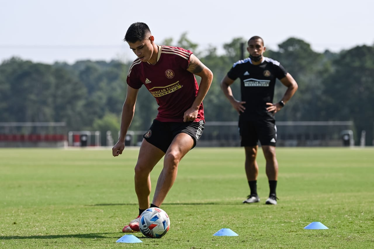 Atlanta United's newest signing Luiz Araújo arrives for his first day at the Children's Healthcare of Atlanta Training Ground.