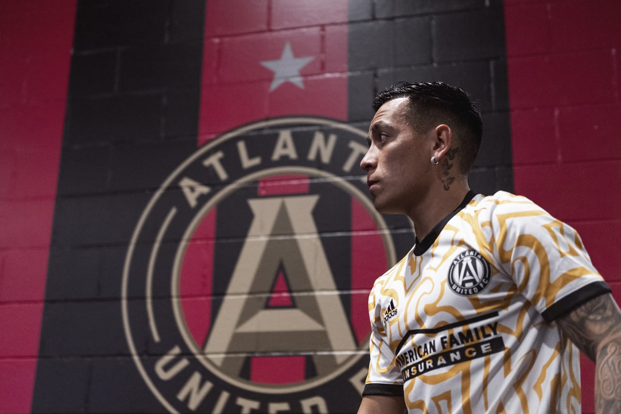 Atlanta United midfielder Ezequiel Barco #8 walks out onto the field for warmups before the match against Inter Miami at Mercedes-Benz Stadium in Atlanta, Georgia on Wednesday September 29, 2021. (Photo by Jacob Gonzalez/Atlanta United)