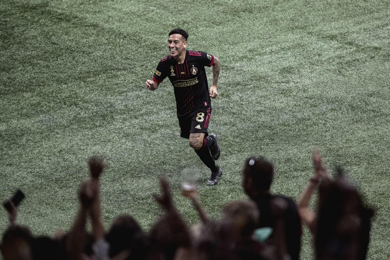 Atlanta United midfielder Ezequiel Barco #8 celebrates after scoring the first goal of the match against D.C. United at Mercedes-Benz Stadium in Atlanta, Georgia on Saturday September 18, 2021. (Photo by Matthew Grimes/Atlanta United)