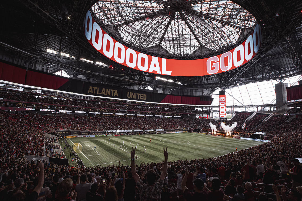 General view of the stadium after midfielder Ezequiel Barco #8 scores the first goal of the match against D.C. United at Mercedes-Benz Stadium in Atlanta, Georgia on Saturday September 18, 2021. (Photo by Matthew Grimes/Atlanta United)