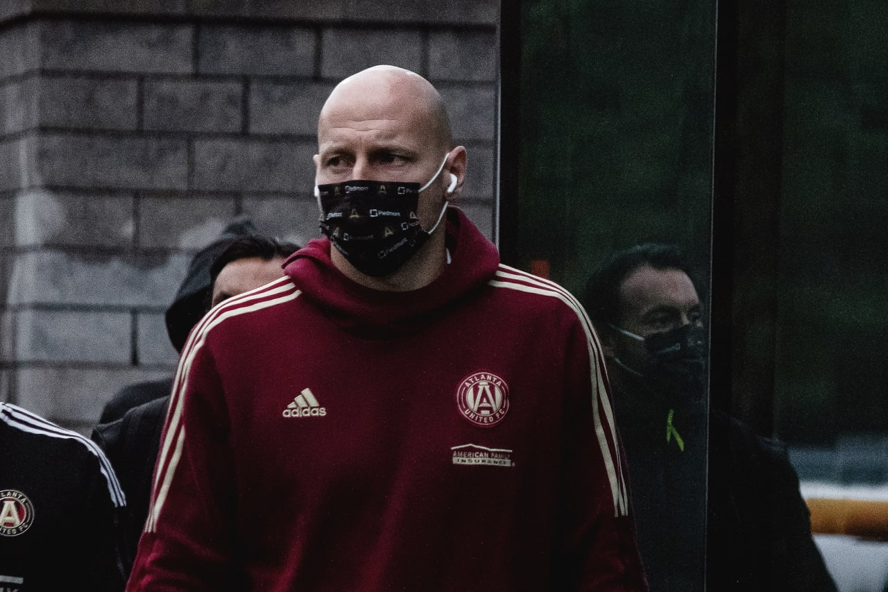 Atlanta United goalkeeper Brad Guzan #1 arrives to the stadium before the match against CF Montréal at Stade Saputo in Montreal, Quebec, on Saturday October 2, 2021. (Photo by Audrey Magny/Atlanta United)