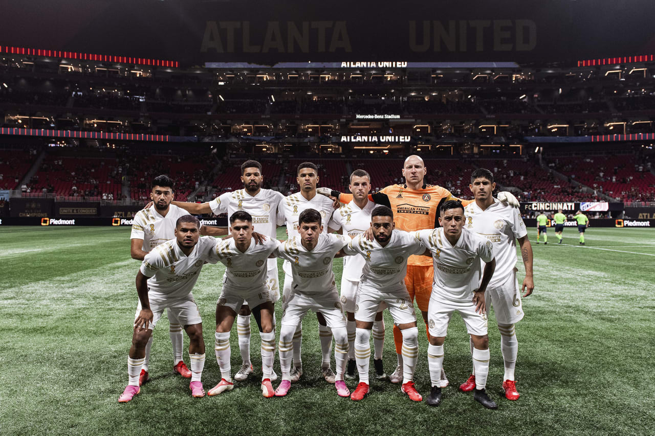 Atlanta United starting 11 pose for a photo before the match against Cincinnati FC at Mercedes-Benz Stadium in Atlanta, Georgia on Wednesday September 15, 2021. (Photo by Jacob Gonzalez/Atlanta United)