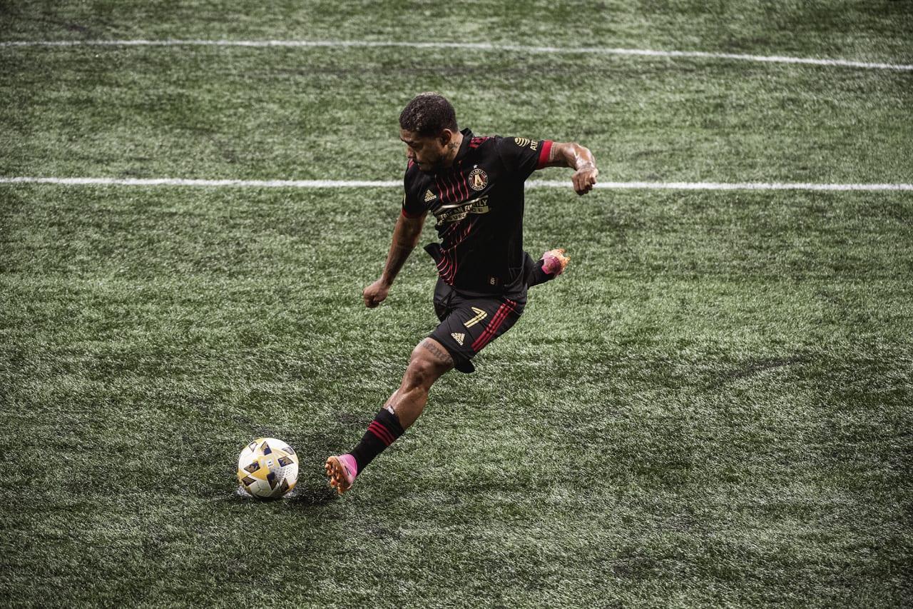 Atlanta United forward Josef Martinez #7 scores his 100th club goal during the match against Inter Miami at Mercedes-Benz Stadium in Atlanta, Georgia on Wednesday September 29, 2021. (Photo by Adam Hagy/Atlanta United)