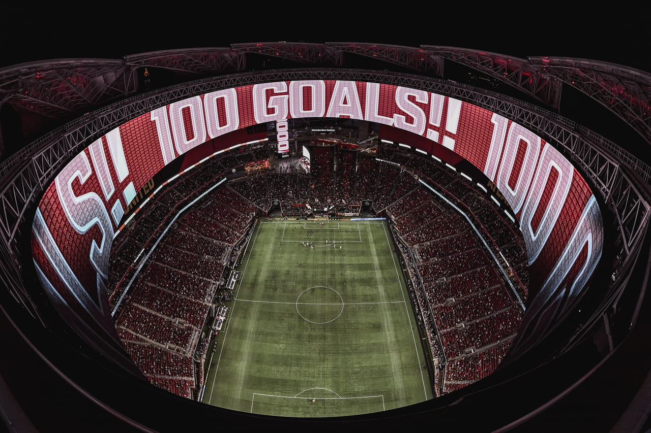 A wide stadium shot from the roof after Atlanta United forward Josef Martinez #7 scored his 100th club goal during the match against Inter Miami at Mercedes-Benz Stadium in Atlanta, Georgia on Wednesday September 29, 2021. (Photo by Brandon Magnus/Atlanta United)