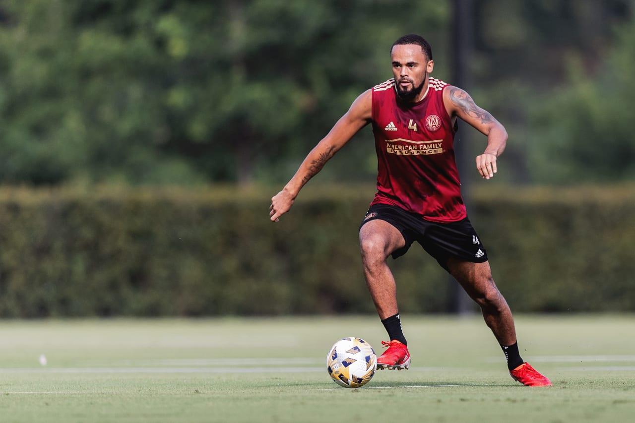Atlanta United defender Anton Walkes #4 dribbles the ball during training at Children's Healthcare of Atlanta Training Ground in Marietta, GA, on Wednesday September 8, 2021.