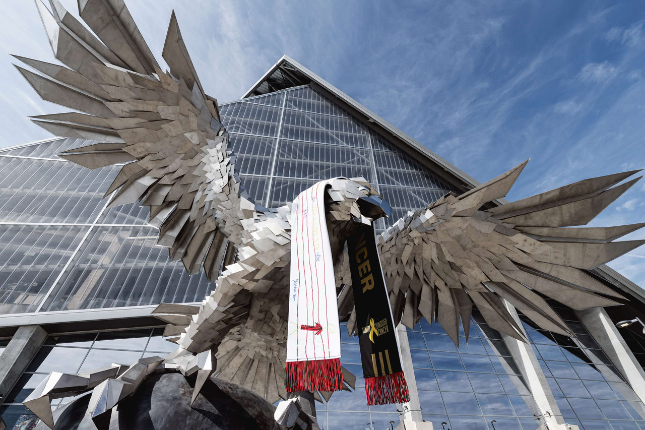The UCC scarf design on the falcon statue before the match against DC United at Mercedes-Benz Stadium in Atlanta, Georgia, on Saturday September 18, 2021. (Photo by Mitchell Martin/Atlanta United)