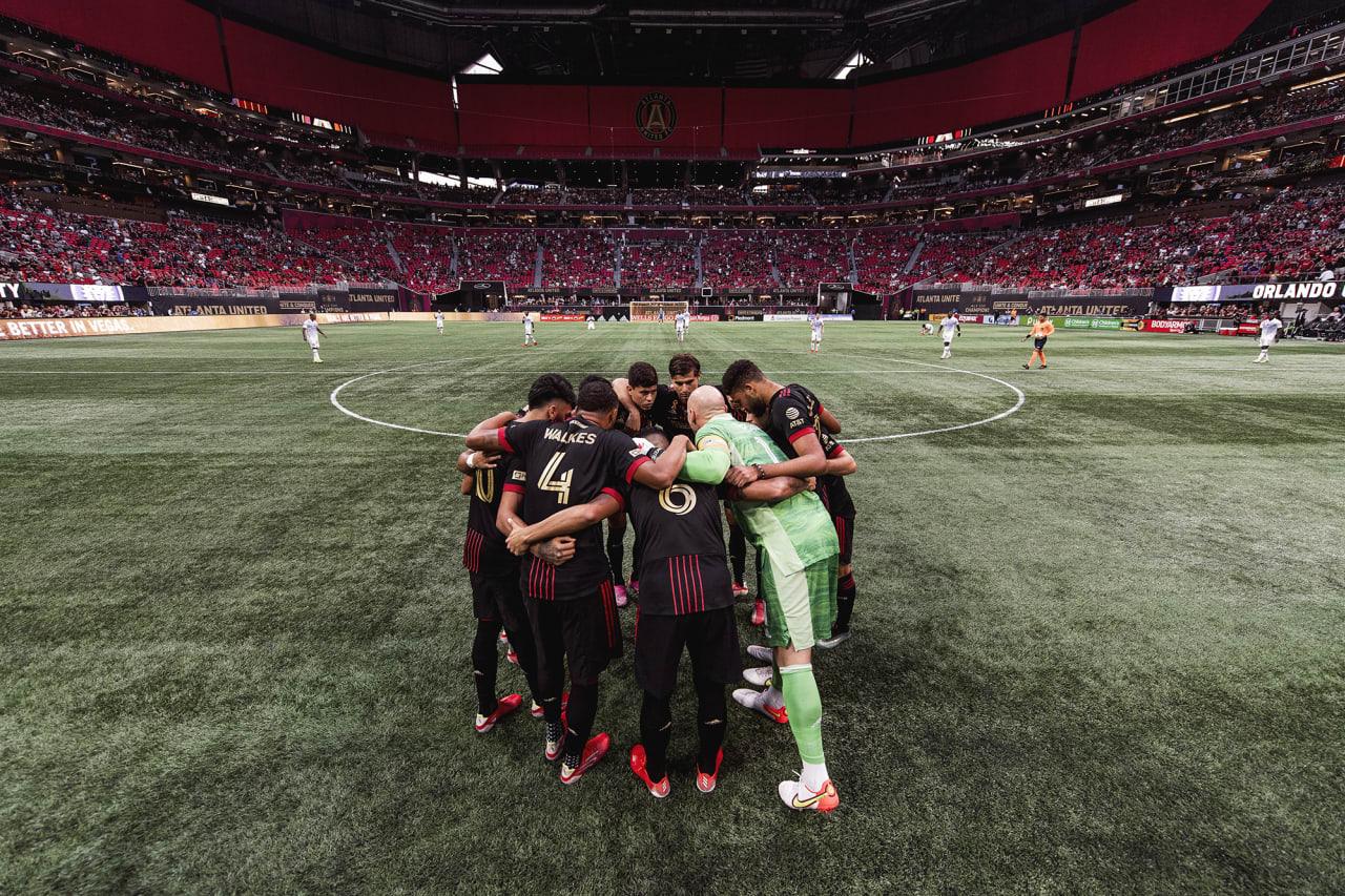 Atlanta United starting 11 huddle up before the match against Orlando City at Mercedes-Benz Stadium in Atlanta, Georgia on Friday September 10, 2021. (Photo by Jacob Gonzalez/Atlanta United)