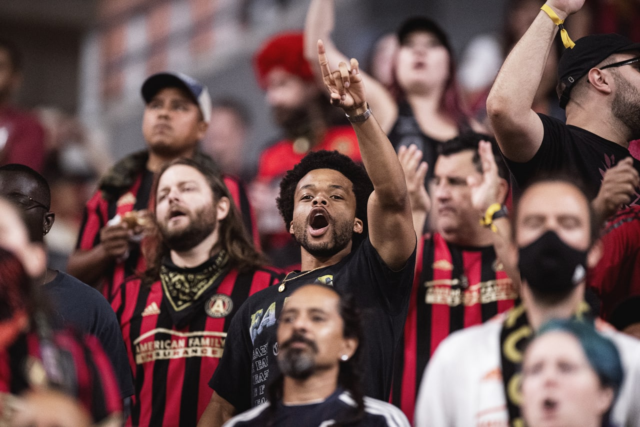 Atlanta United supporters cheer during the match against Cincinnati FC at Mercedes-Benz Stadium in Atlanta, Georgia on Wednesday September 15, 2021. (Photo by Kyle Hess/Atlanta United)