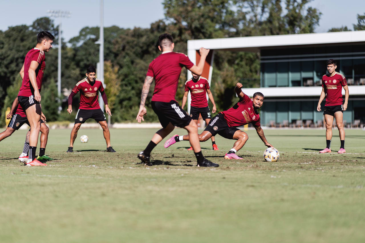Atlanta United players during a drill during training at Children's Healthcare of Atlanta Training Ground in Marietta, GA, on Monday September 27, 2021. (Photo by Jacob Gonzalez/Atlanta United)