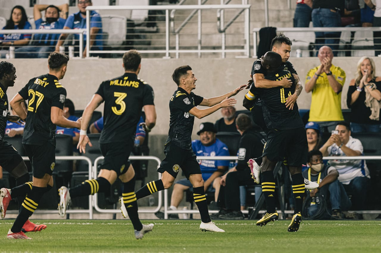 Lucas Zelarayan helps the Crew secure the opening goal