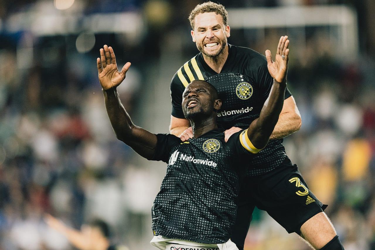 Jonathan Mensah scores the game-sealing header