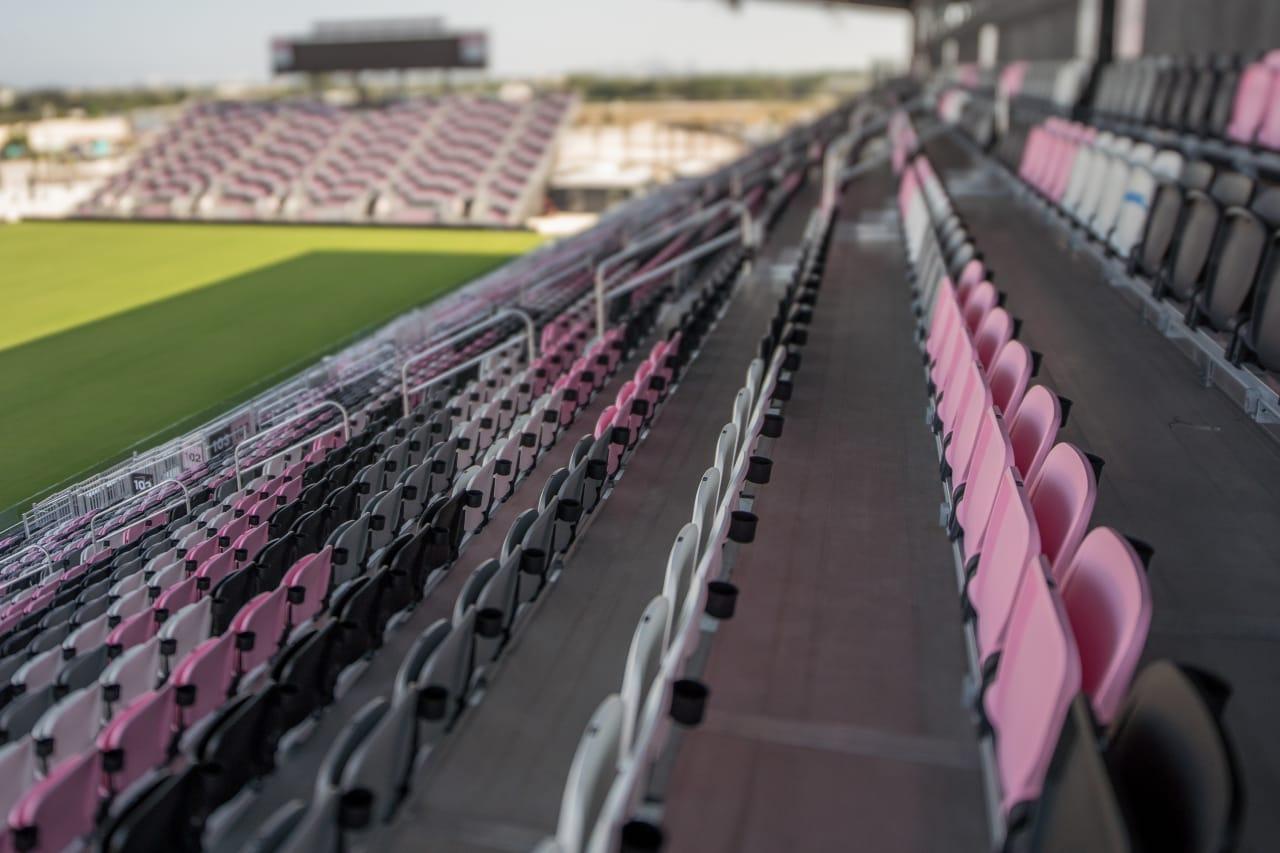 DRV PNK Stadium 11